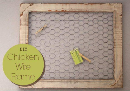 DIY Chicken Wire Frame Bulletin board - primitive country decor craft