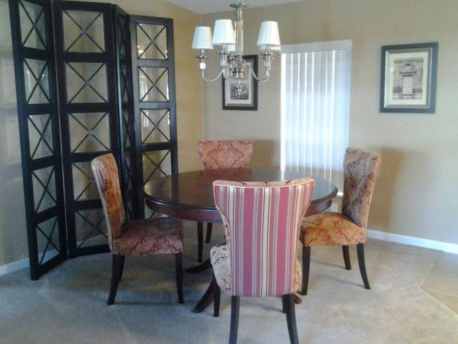 FL Remodeled Manufactured Home Shines Bright (dining room)