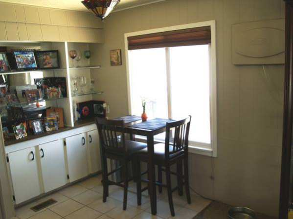 Fleetwood Festival Single Wide Dining Room with Built ins - Favorite Classic Mobile Home Models of Mobile Home Experts