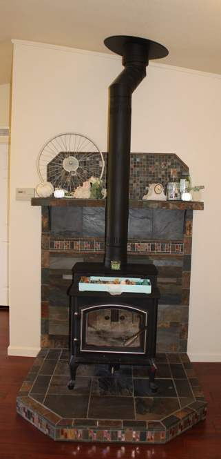 Fleetwood Manufactured Home Makeover (fireplace)