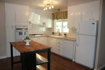 Fully Remodeled Manufactured Home in San Fran -Kitchen Full View