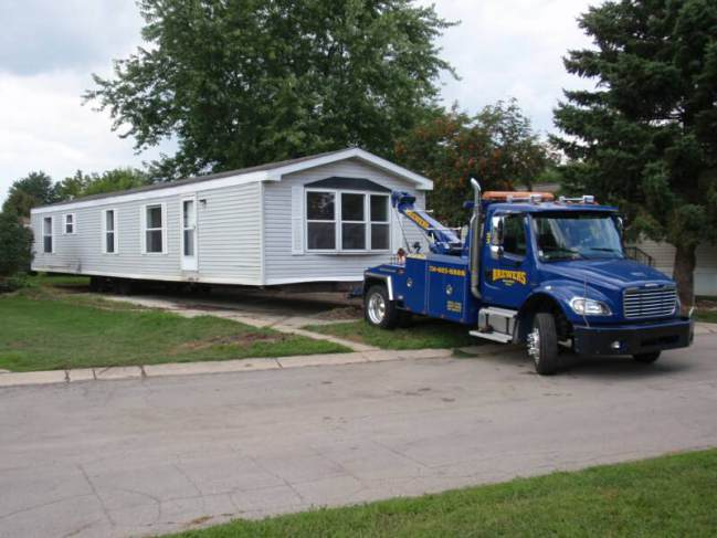Transporting A Mobile Home Find The Right Mobile Home Mover