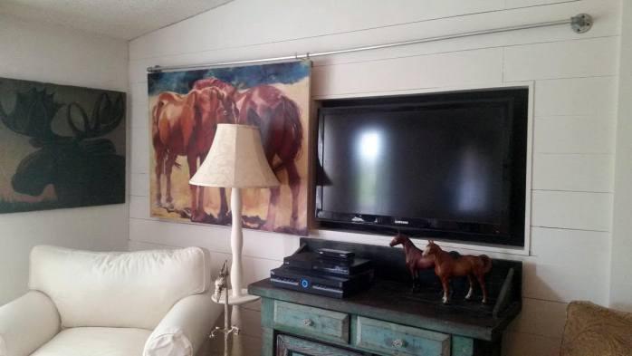 Hunters DIY Shiplap Builtin TV wall project_compressed