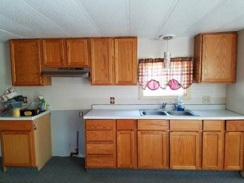 Craigslist mobile homes for sale - 1976 Marshfield Single Wide - kitchen