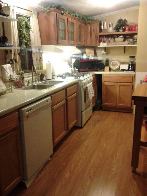 mobile home kitchen makeover 6 great mobile home kitchen makeovers mobile home living 7553
