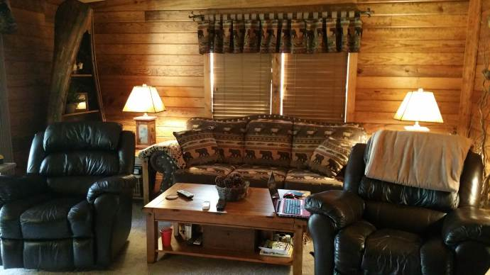 Manufactured Home Gets Rustic Cabin Makeover