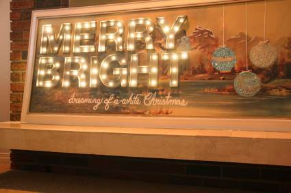 Marquee Lights made from Paper and Christmas Lights - Cheap DIY Christmas Decorations