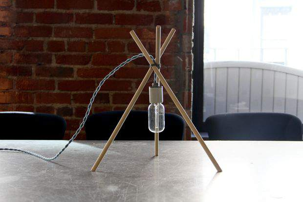 Minimalist Dowel Rod Table Lamp - DIY