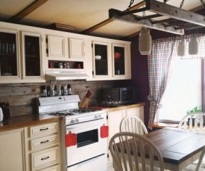 mobile-home-gets-rustic-farmhouse-kitchen-makeover