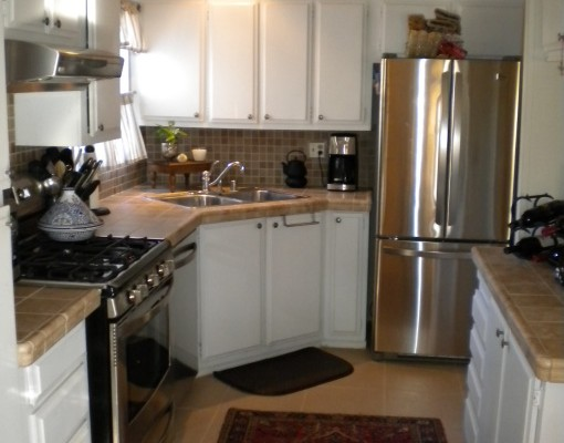 Budget kitchen remodel kitchen designs decorating ideas for Budget kitchen decorating ideas