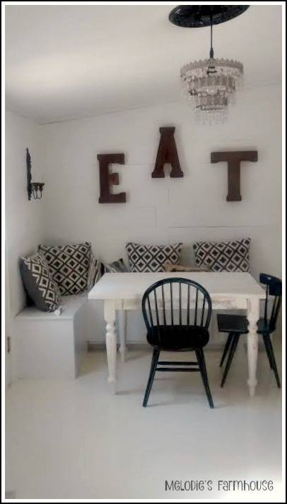 modern-manufactured-home-makeover-new-eating-nook-2