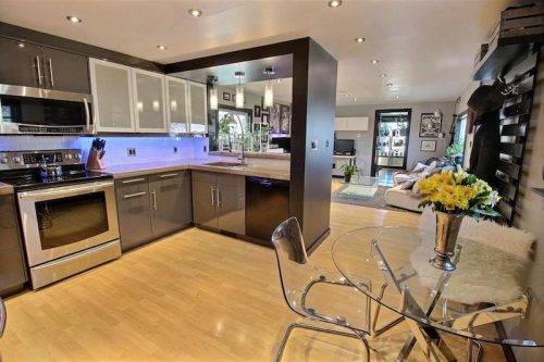 Monster Inspired Mobile Home - Kitchen and Living room - Open space living