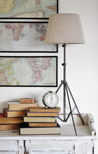 Music Sheet Tripod Lamp - DIY
