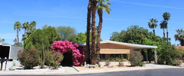 Our 10 Favorite Craigslist Manufactured Home Listings in July 2017 - Rancho Mirage double wide