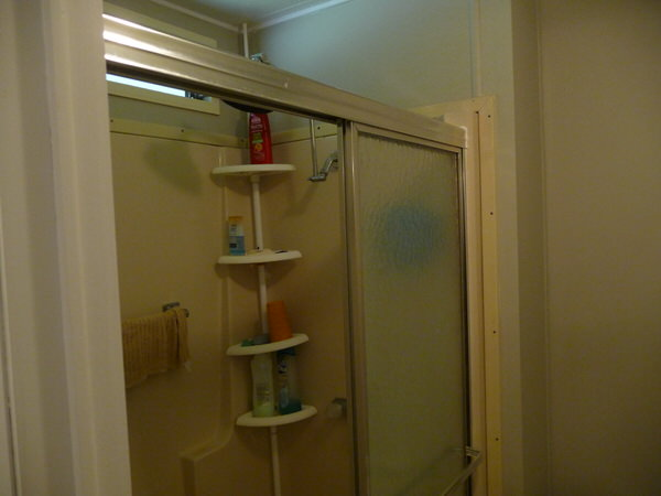mobile home bathroom before and after-before shower