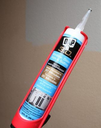 questions about painting vinyl mobile home walls - clear caulk that is paintable