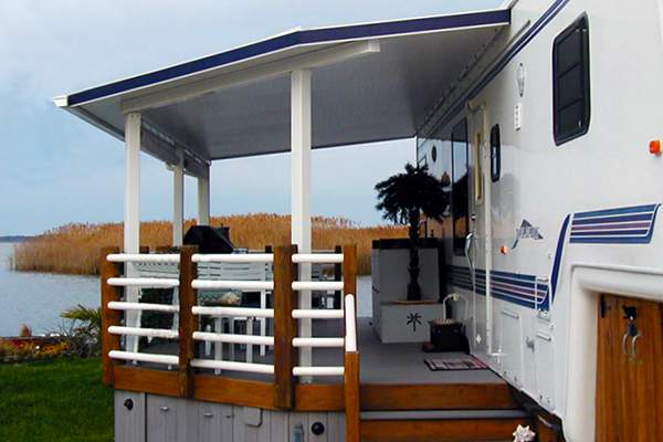 Permanant RV deck Design - deck with roof