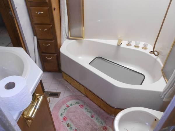 RV Remodel - Bathroom