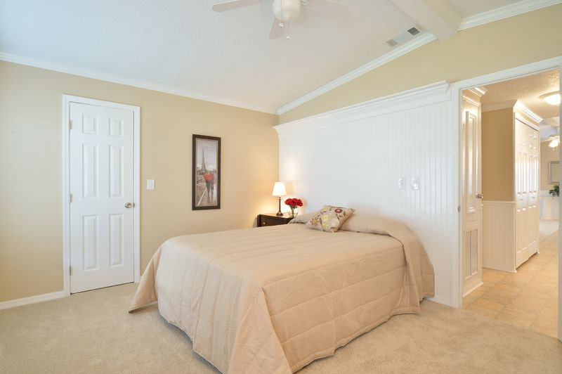 manufactured home makeover-Remodeled Manufactured Homes for sale in Florida_ Guest Bedroom
