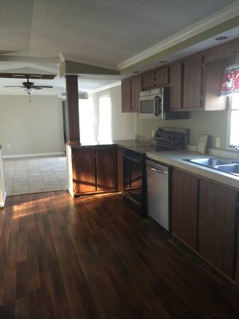 1998 Single Wide Manufactured Home gets a great new look