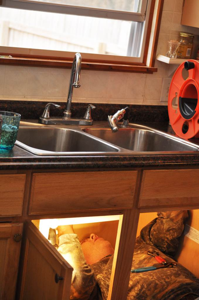 mobile home kitchen sink replacement budget friendly mobile home kitchen makeover 9187