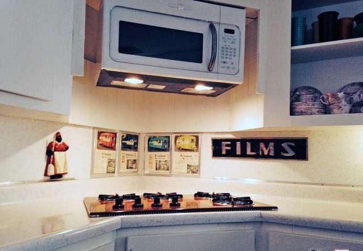 mid-century modern-Retro Kitchen Design in Updated Mobile Home