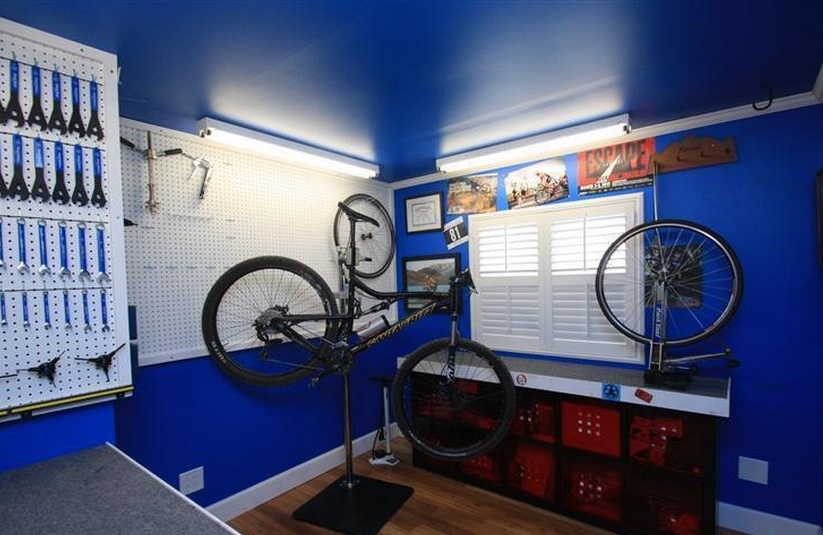 Sensational Single wide decor (shop in bedroom)