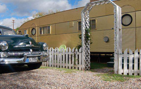 Shady Dell Campground - Vintage Travel Trailer Rentals - 1957 Aero