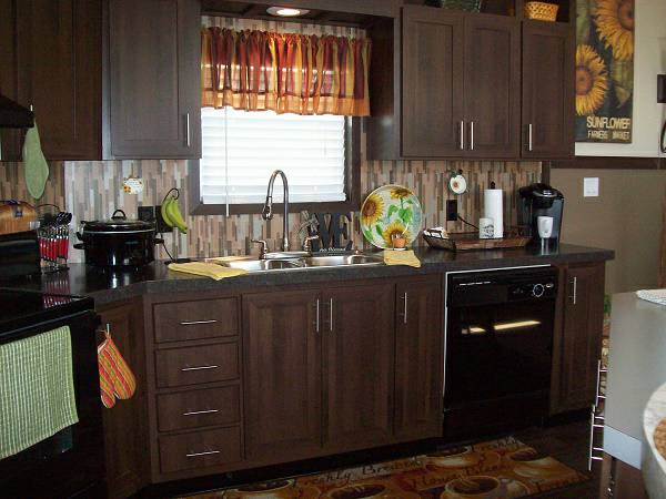 Stylish Single Wide Manufactured Home Interior Decorating Inspiration - 2013 Giles - Kitchen
