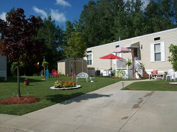 Stylish 2013 Single Wide Manufactured Home - Deco Inspiration - 2013 Giles - Exterior