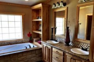 Skyline Manufactured Home Floor Plan - Skyranch - The Kerr - Bathroom