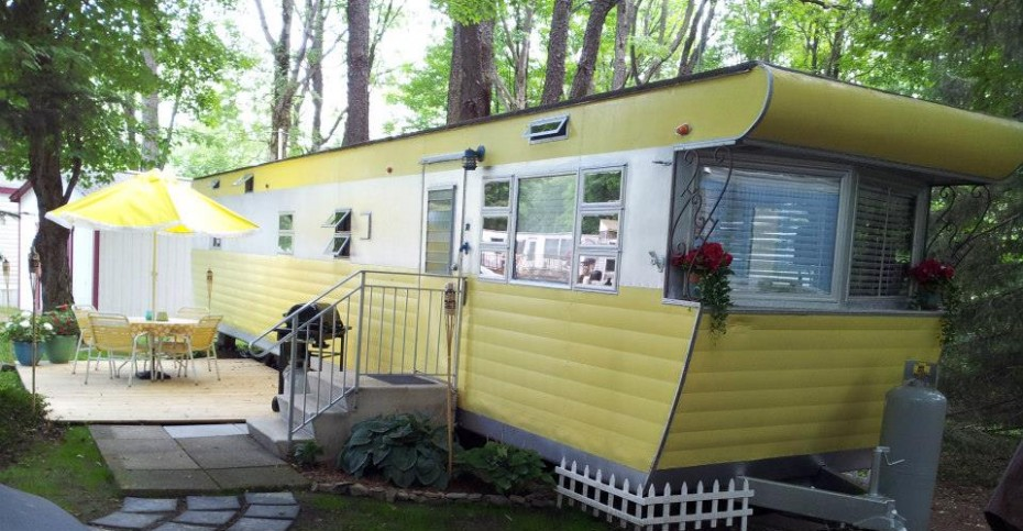 Vintage mobile home restoration sensational 1955 smoker - Preview exterior house paint colors ...