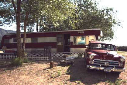 Starlite Campground - 1954 New Moon Rental