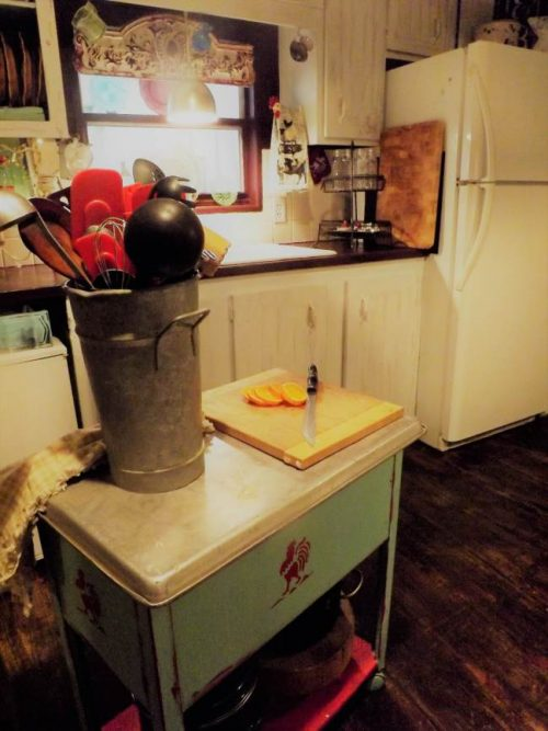 Vintage farmhouse decor in a mobile home - kitchen remodel - center island