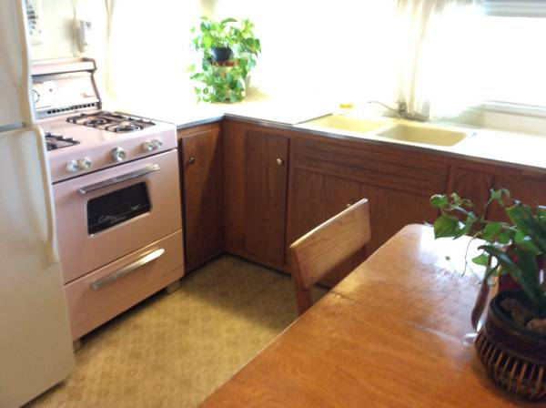 Vintage Mobile Home - Stewart Bi-Level Model - Kitchen