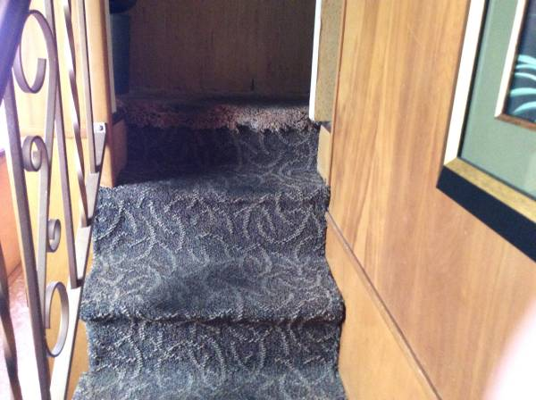 Vintage Mobile Home - Stewart Bi-Level Model steps in mobile home