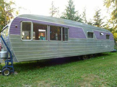 Vintage mobile homes and campers - restored 1953 silver star - exterior 3