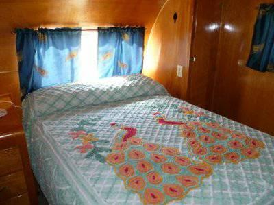 Vintage Mobile Homes and Campers - restored 1953 Silver Star Mobile Home - Bedroom 2