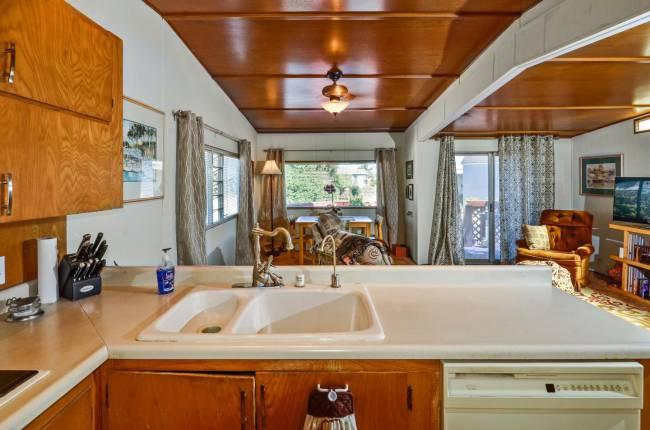 Vintage Single Wide Mobile Home Feature - Santa Cruz Style (5)