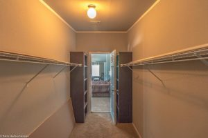 Vista Ridge - Hacienda Manufactured home image - walkin closet