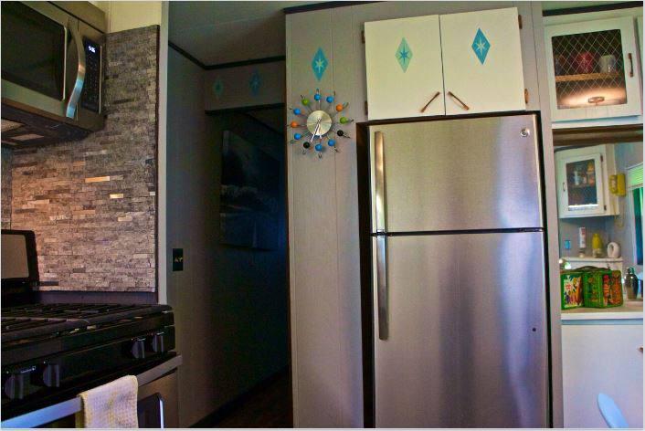 affordable mobile home remodel - 1968 Landola single wide goes Retro (retro kitchen)