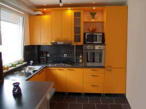 amazing kitchen designs for small spaces