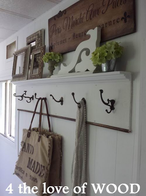amazing-mobile-home-wall-hooks-bedroom2
