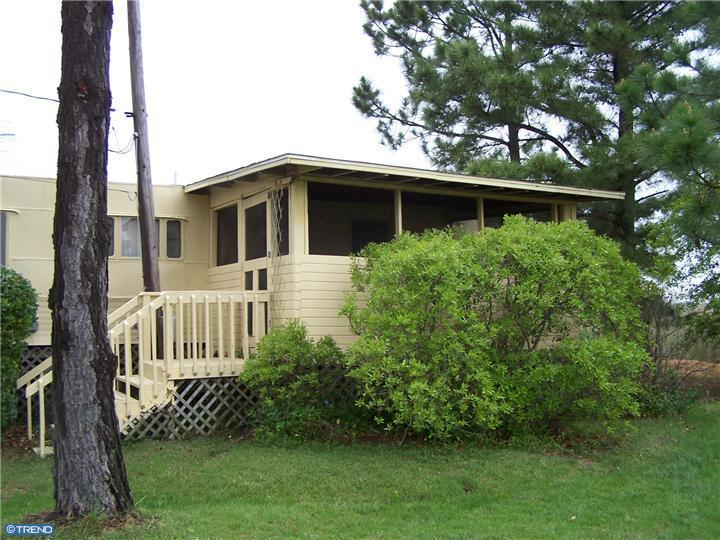attached porch on mobile home