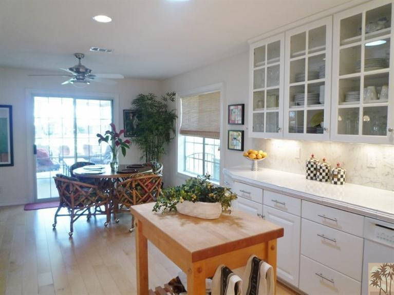 beautiful double wide decor - dining room 2