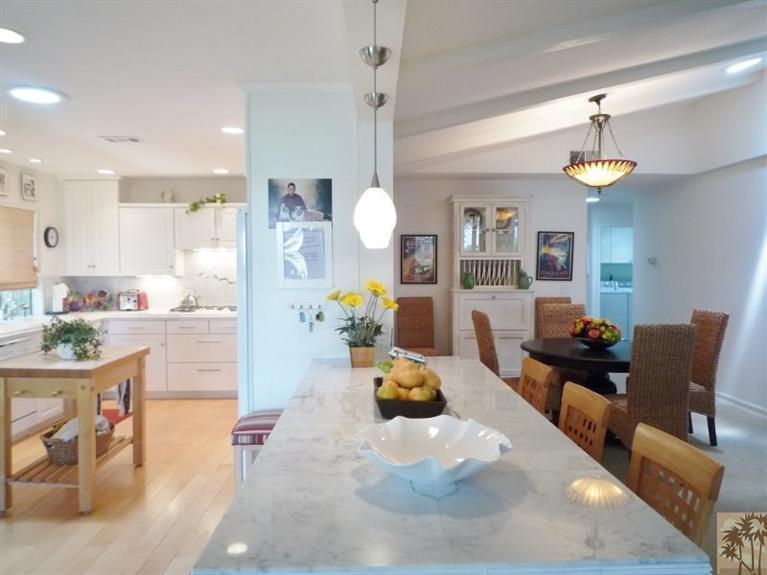 beautiful double wide decor - kitchens breakfast bar