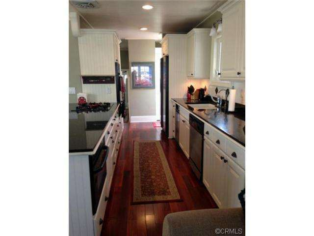 beautiful kitchen after complete remodel in double wid emanufactured home