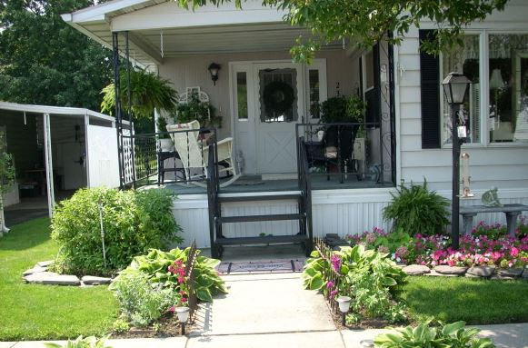 beautiful manufactured home porch
