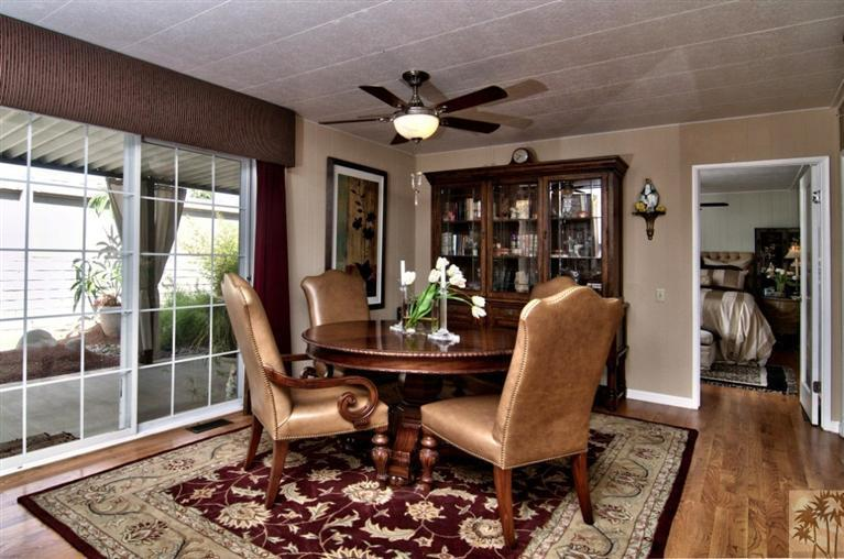 beautiful manufactured home tour - dining room