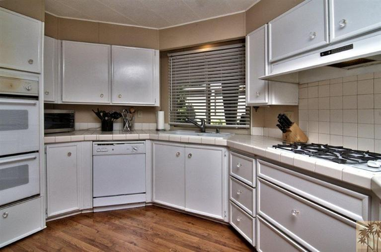 Beautiful manufactured home tour - kitchen 2